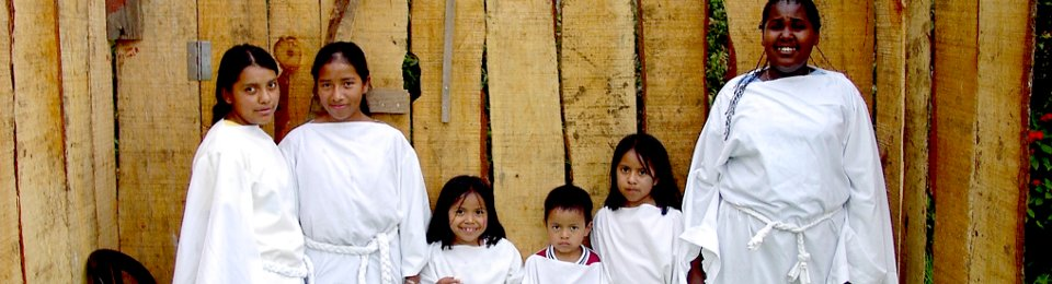 Archive photo of Vida students as Angels