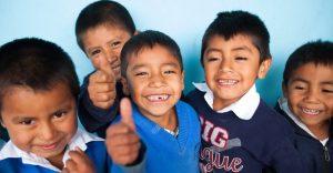 Guatemalan kids thumbs up