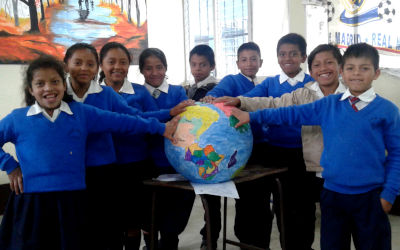 students in a Vida class